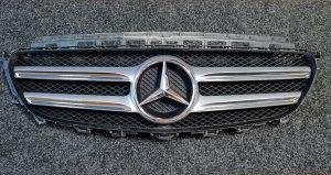 Mercedes E klasa W213 MASKA GRILL A 213 888 01 23