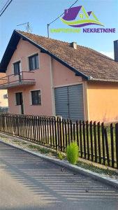 Renovirana kuća na placu od 497m2! ID:1223/EN