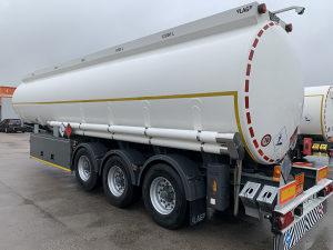 Cisterna za gorivo poluprikolica