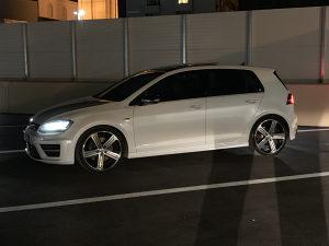 Volkswagen GOLF 7 R 2.0 TSI 4Motion 221kw