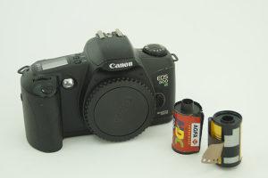 fotoaparat CANON eso 500N