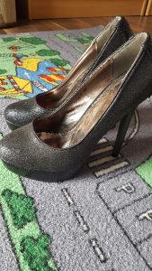 Cipele zenske br 36 potpetica 13cm
