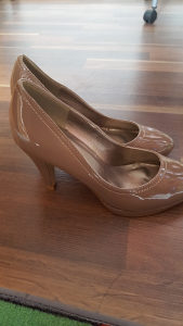 Zenske cipele br.40 potpetica 10