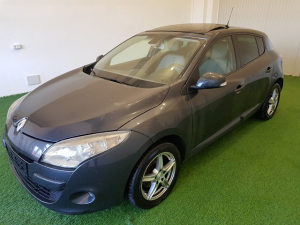 Renault Megane 1.9 DCI Dynamique Panorama Modell 2011 *