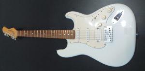 Elektricna GITARA JOHNSON EMG Fender Stratokaster