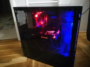 PC GAMER i5 7400 strix 1070 gtx 8gb ram PUBG gaming cs