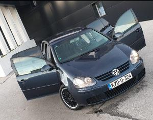VW GOLF 5 1.9 TDI 77KW(BKC),REGISTROVANA ,Top stanje