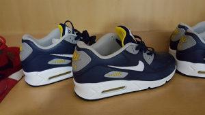 Nike air max 90 42,5 broj