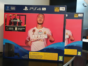 Sony Playstation 4 PRO + Fifa 20 PS4