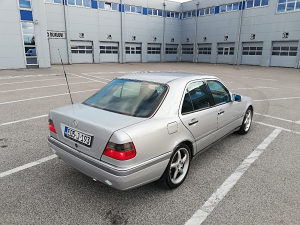 Mercedes-Benz C 200 plin klima reg