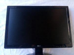"""Monitor 22"""" LG W2242t"""