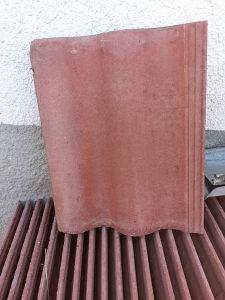 Crijep betonski 42x33 (kontakt tel. 030 256 071)