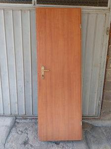 Vrata sa štokom 70 x 205 CM -2 komada