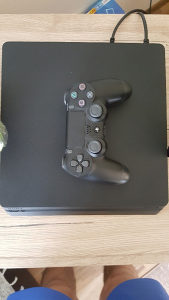 PS4 slim 500gb-4 igrice