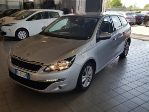 PEUGEOT 308 SW 1.6 120ks BlueHDi Business Paket