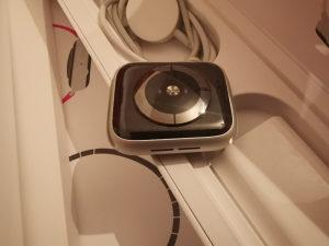 Apple Watch 4 44mm Silver Edition