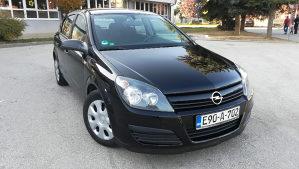 Opel Astra H 1.6 benzin