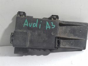 Kutija osiguraca / 1j0937550 / Audi a3 / Golf 4