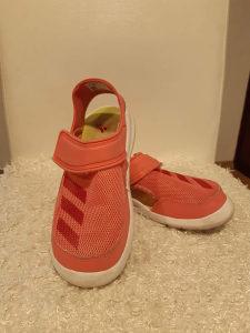 Sandale djecije zenske br.31 Adidas