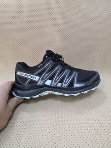 Salomon Gore-tex zenske patike 37