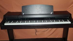 Elektricni Klavir Yamaha