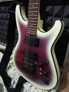 Električna gitara IBANEZ Roadstar ll