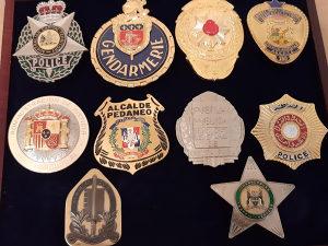 Znacke Policijske Metalne
