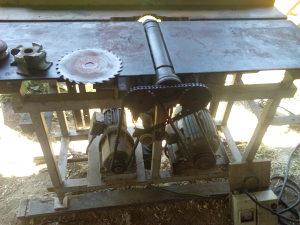 Masina dihterica konbinovana za obradu drveta