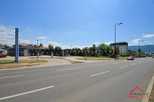 Građevinsko zemlj. 1616m2, glavna saobraćajnica, Stup