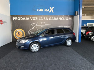Opel Astra 1.7 CDTI 2012G.,PRVA RUKA,SERVISNA KNJIGA