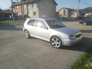 Volkswagen Golf( moze zamjena)