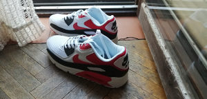 Nike Air Max 90 Essential White / University Red...