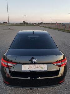 Škoda Superb 2016
