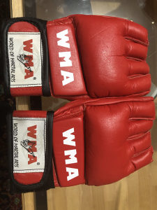 MMA rukavice XL
