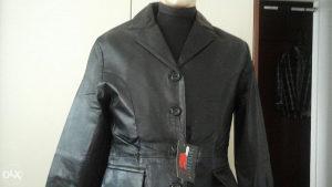 Sniženje ženskih kožni jakni
