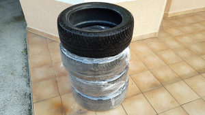 Gume Michelin zima/ljeto 245/45 R18 x 4 komada