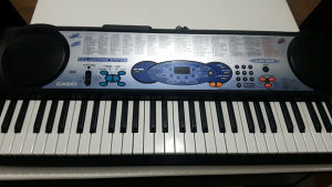 Klavijatura Casio Lk-40