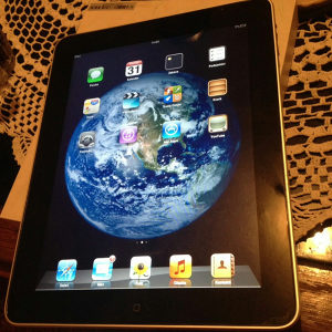 Apple iPad Tablet 16giga 9.7 inca 69.99KM FIKSNO