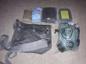 Vojna oprema. Gas maska M2 JNA vojna SMB komplet