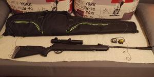 Hatsan 125 vazdušna puška 4.5mm optika