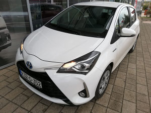 Toyota YARIS 1.5 Hybrid  E-CVT Stella