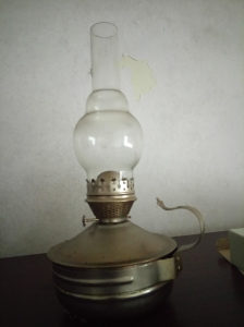 antikvitet stara lampa