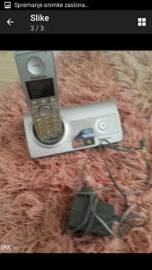 Fiksni telefon panasonik