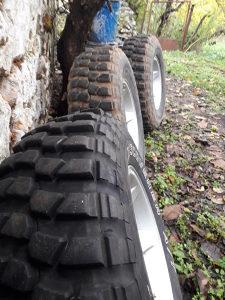 Off road guma gume 235 75 15