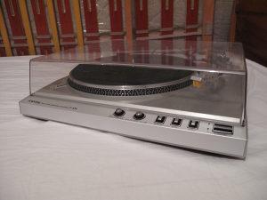 Gramofon TOSHIBA SR-F440 + nova igla