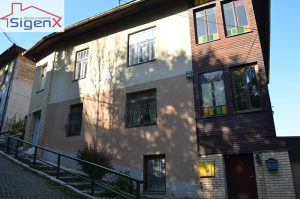 Trosoban stan/Stari Grad/2 parkinga/adaptiran