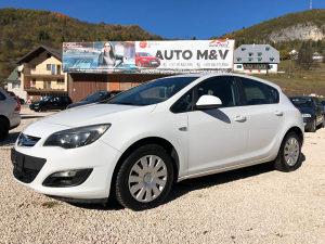 Opel astra 2.0 dizel automatik 2013 god