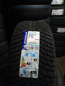 Prodajem 4 gume 225 45 18 Michelin NOVO