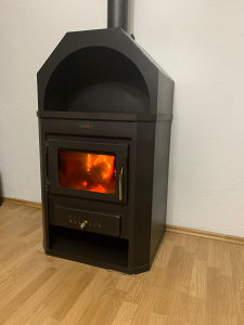 Kamin peć prity 6 kw na drva i ugalj