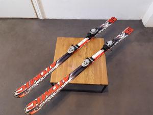 Skije Atomic 158cm